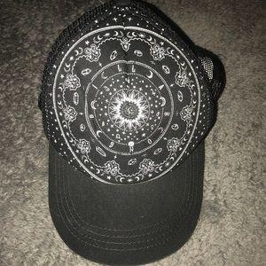 Billabong snap back dad hat- OS